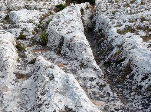 Záhadné koľaje na Malte a ostrve Gozo