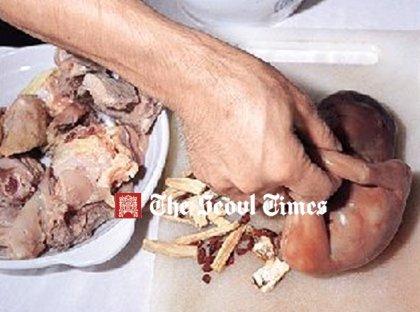 Jedlo deti Čína servírovanie hnus
