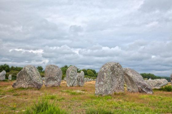 Kamenné bloky - záhada v Carnacu