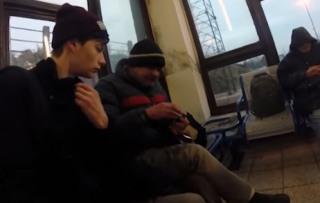 Bezdomovec a Roman