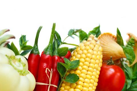 Zelenina, kukurica, rajčiny, paprika