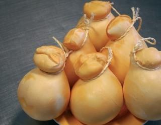 caciocavallo syr, zdroj