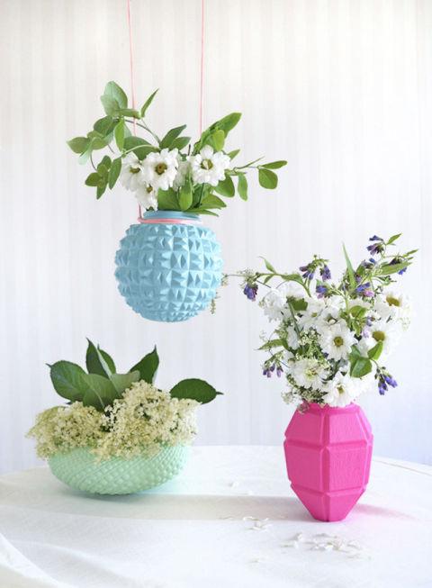 gallery-1443473771-painted-lamp-vases