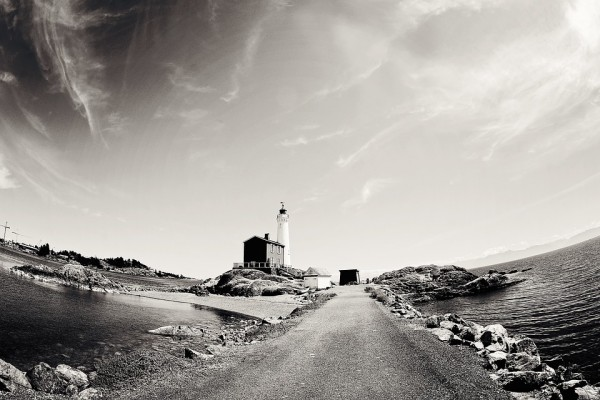 lighthouse-1073560_960_720