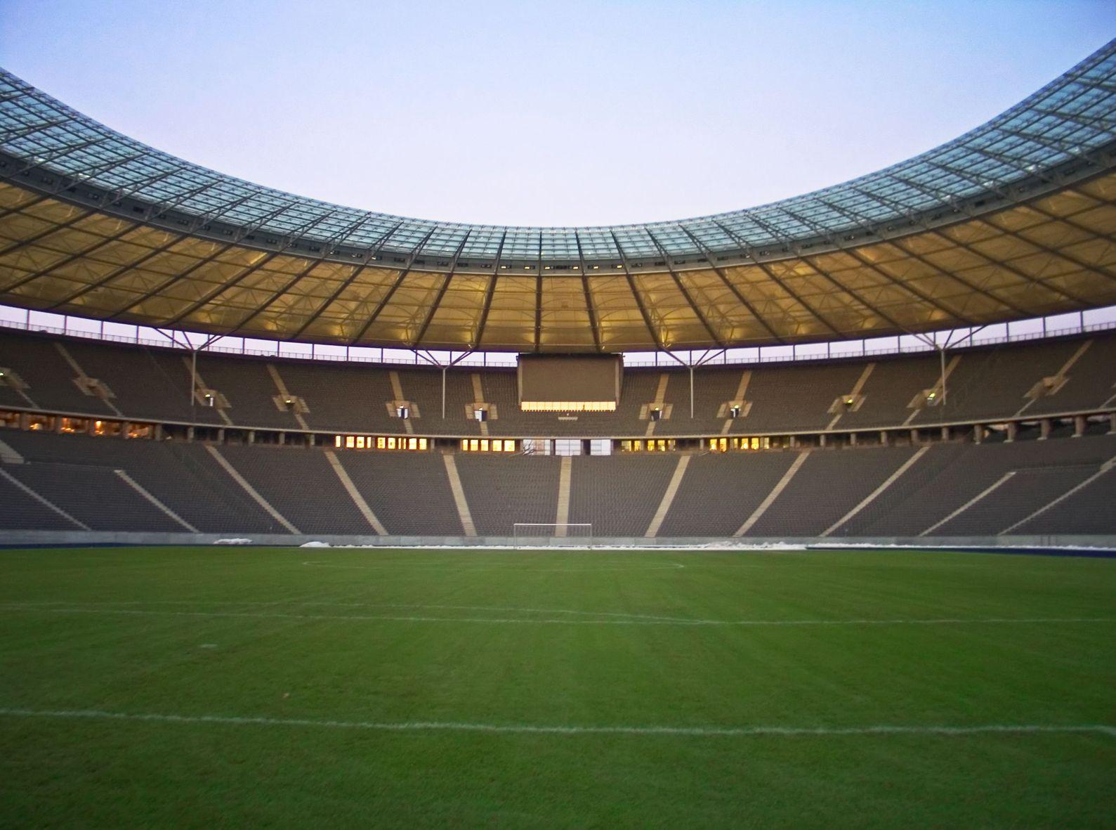 Futbalové štadióny 3