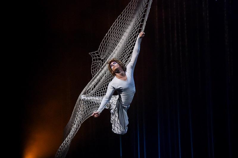 Photos: Perla Global Media Costumes: Eiko Ishioka © 2015 Cirque du Soleil