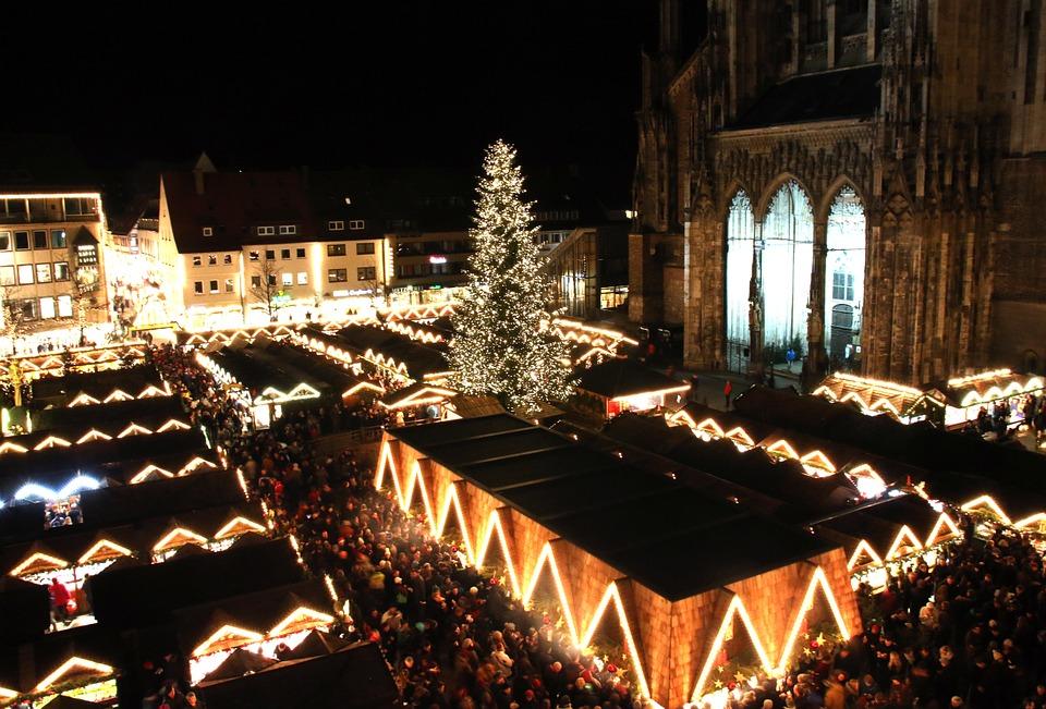 christmas-market-579084_960_720