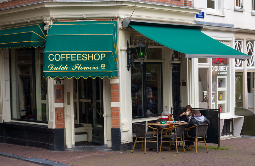 33326880 - amsterdam - august 26: cofeeshop exterior at daytime on august 26, 2014 in amsterdam.