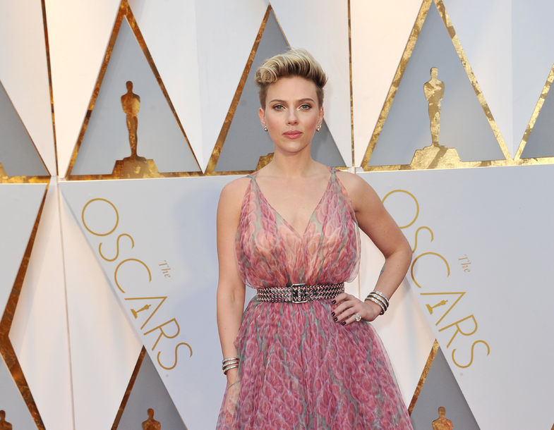 73238343 - scarlett johansson at the 89th annual academy awards held at the hollywood and highland center in hollywood, usa on february 26, 2017.