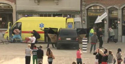 V belgickém městečku, kde se nic neděje, objevilo se tlačítko: zaži akci