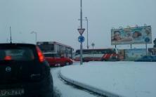 Blok doprava a chaos pre snehovú kalamitu á la Bratislava