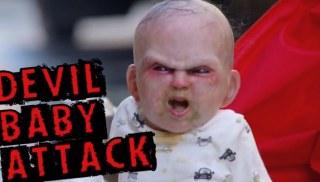 Diabolské dieťa útočí
