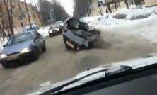 Havarované auto unikalo ruskými cestami aj s mŕtvym spolujazdcom