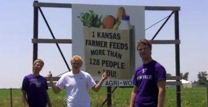 Kansaskí Farmári a ich paródia