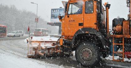 Cesty doprava sneženie odhŕňač auto ©